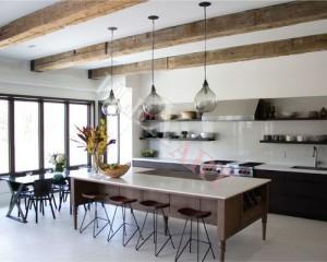 Искусственный камень в интерьере кухни в стиле кантри