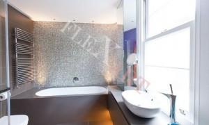 Акриловый подоконник и отделка ванны в едином стиле