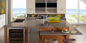 Стол для кухни из искусственного камня