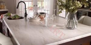 Кухонный стол из Corian