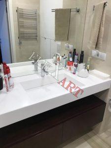 Вид столешницы в ванной