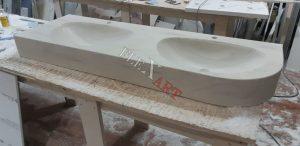Толщина столешницы визуально увеличена до 20 см